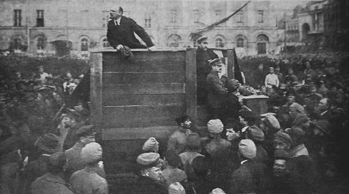 Vladimir_Lenin_Leon_Trotsky_Lev_Kamenev_1920