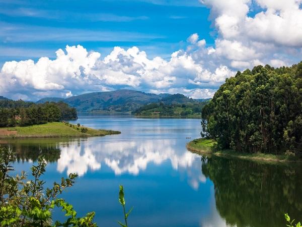 Lake_Bunyonyi_Uganda