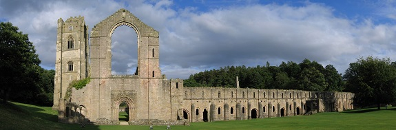 Fountains_Abbey